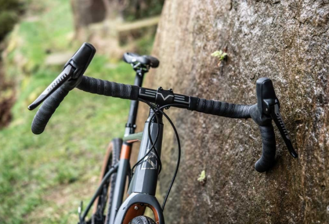 flared handlebars on a ribble electric gravel bike